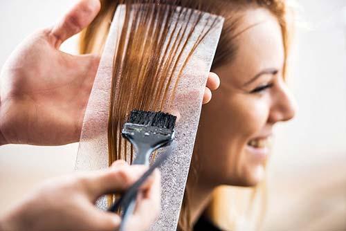 Chọn đúng thuốc nhuộm tóc tốt